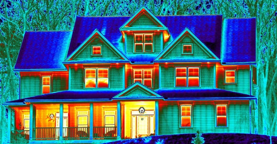 Every thermal image includes materials with different levels of emissivity and reflectivity. Understanding these properties is vital for accurate temperature measurements.