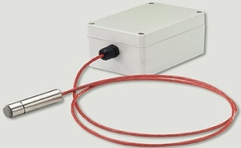 High Temperature and Humidity Transmitter with Remote Probe to Measure Temperatures from -40 to +180 °C