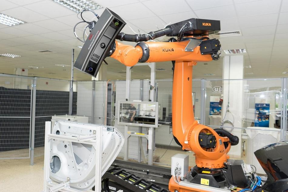 Inline and Robot-Mounted 3D Inspection System Enables Fast, Reliable Defect Detection on Non-Reflecting Surfaces