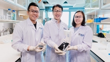 Innovative, Smartphone-Based Device Rapidly Detects Toxin-Producing Algae