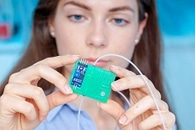 Hybrid Sensor for Detecting Diabetes from Exhaled Breath